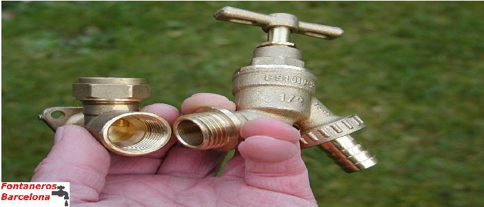 servicio fontaneros barcelona