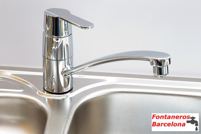 fontaneros-barcelona-monomando